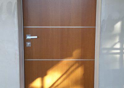 Blindata Cl 3 pannello in legno con inserti in alluminio – aprile 2015